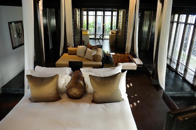 Nam Hai bedroom