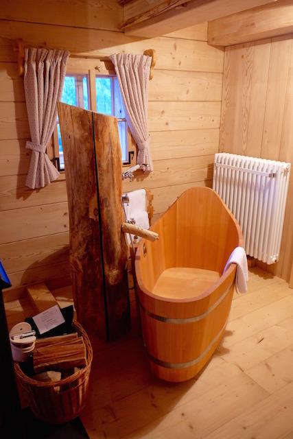 Badewanne Sennhütte Almdorf Seinerzeit