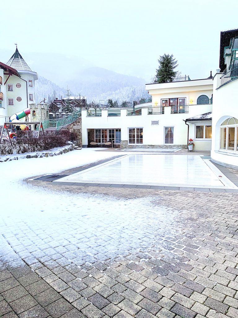 Außenpool Alpenrose Lermoos